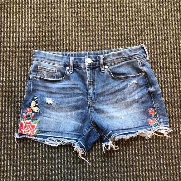 Blank NYC Pants - Blank NYC Embroidered Jean Shorts